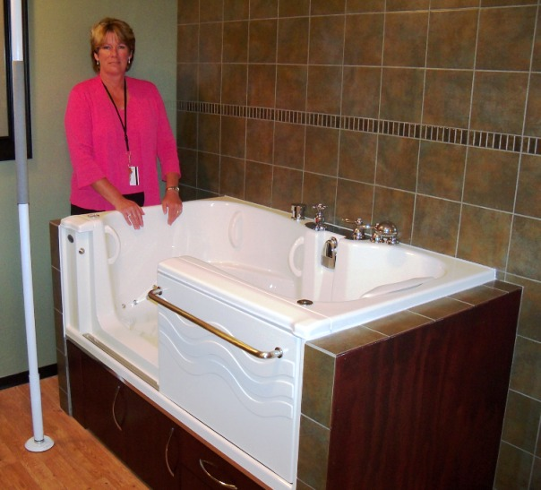 Aquassure bathtub installed in care home with aid