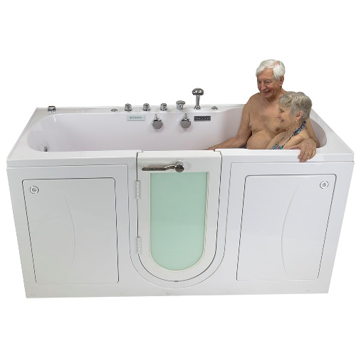2 bathers sharing a seat in a Big4Two Tub