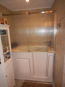 Walk-in Bathtub Project 11 After